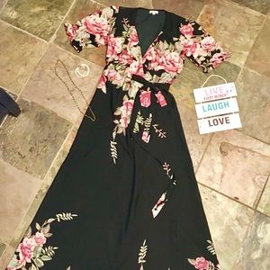 🌸🌿 BEAUTIFUL LONG WRAP DRESS
